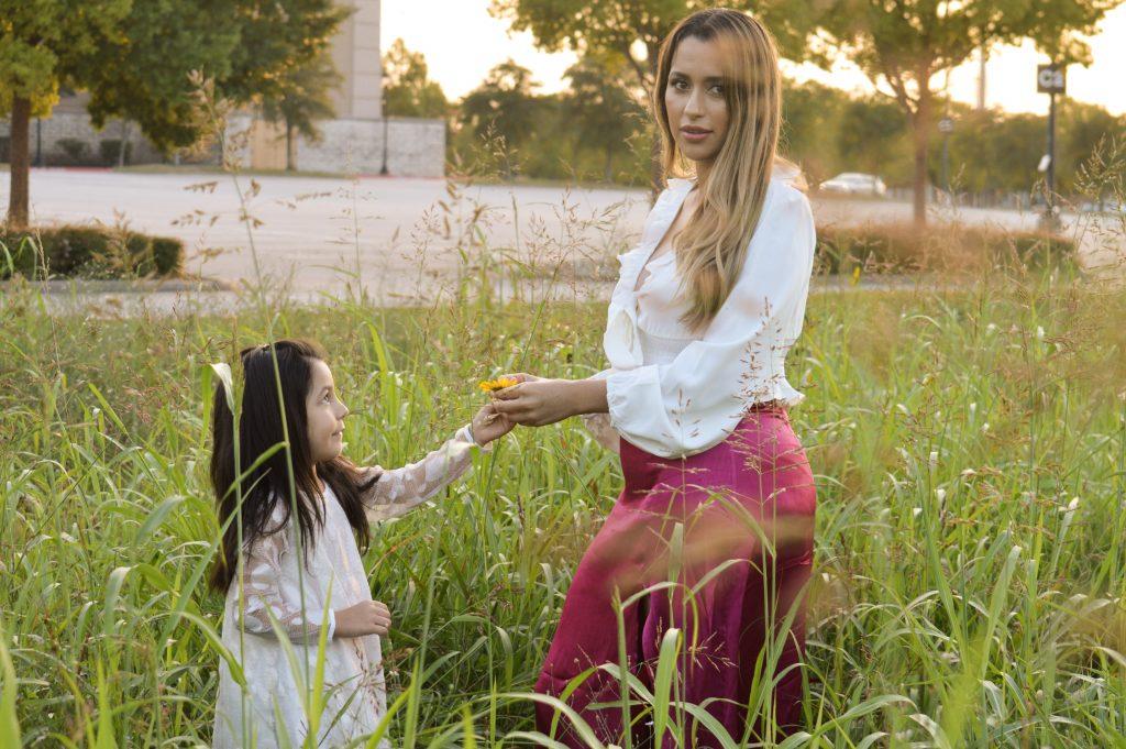 Alondra & Sophia Photoshoot, Mother   Daughter